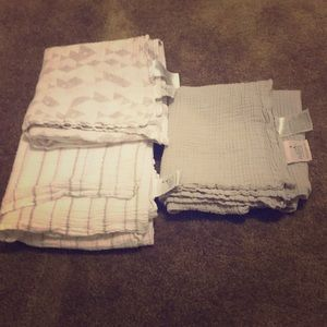 Aden & Anais Muslin Blankets set of 3